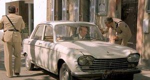 Подвез полицейских и получил штраф – Жандарм и инопланетяне (1979)