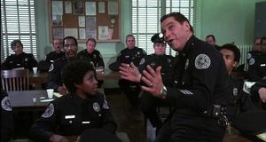 Знакомство с новенькими – Полицейская академия 2: Их первое задание (1985)