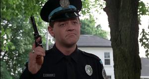 Кошка на дереве – Полицейская академия (1984)