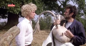 Пролемы костюма коровы для двух человек – Совершенно секретно! (1984)