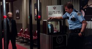 Космический аэропорт – Аэроплан 2: Продолжение (1982)