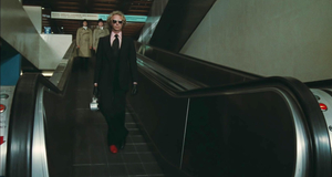 Эффектное появление – Возвращение высокого блондина (1974)