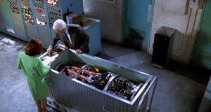 Обезвреживание бомбы – Голый пистолет 2 1/2: Запах страха (1991)