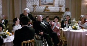 Взбесившаяся коляска – Голый пистолет 2 1/2: Запах страха (1991)