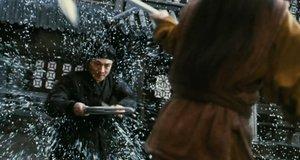 Бой против Неба под дождем – Герой (2002)