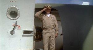Приезд адмирала – Горячие головы (1991)