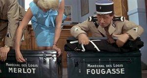 Ящики с одеждой – Жандарм в Нью-Йорке (1965)