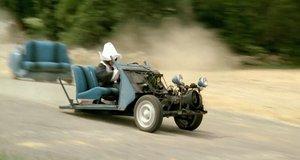 Короткий путь на машине – Жандарм и жандарметки (1982)