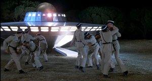 Бой с инопланетянами – Жандарм и инопланетяне (1979)