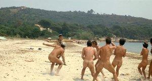 Облава на нудистов – Жандарм из Сен-Тропе (1964)