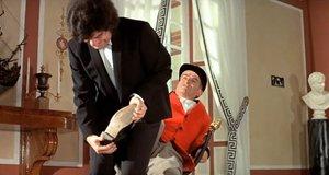 Слишком настойчивый слуга – Жандарм на отдыхе (1970)