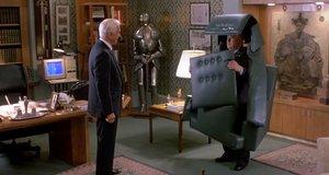 Маскировка шефа – Неистребимый шпион (1996)