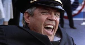 Стул для капитана – Полицейская академия 5: Место назначения – Майами бич (1988)