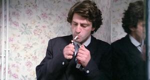 Курение в туалете – Придурки на экзаменах (1980)