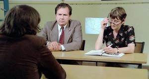 Как сдать устный экзамен, если ничего не знаешь – Придурки на экзаменах (1980)