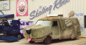 Старая машина – Тупой и еще тупее 2 (2014)