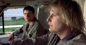 Продал кое-что слепому малышу – Тупой и еще тупее (1994)