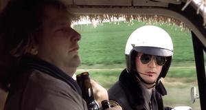 Прикол с пивом и полицейским – Тупой и еще тупее (1994)