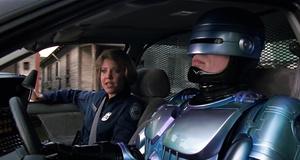Сцены с роботами в фильмах и сериалах