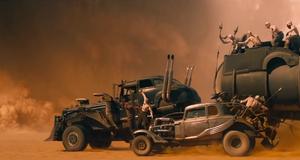 Погоня через песчаную бурю – Безумный Макс: Дорога ярости (2015)