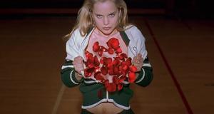Неприличные фантазии про подружку дочери – Красота по-американски (1999)