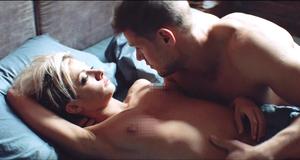 Голая грудь Полины Максимовой – Без меня (2018)