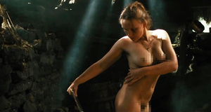 Голая Дарья Екамасова в эротической сцене – Жила-была одна баба (2011)