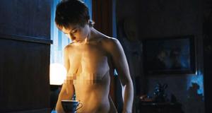 Полностью голая Ольга Тумайкина в откровенной сцене – Яды, или Всемирная история отравлений (2001)