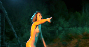 Голая Любовь Аксенова в бане – Гуляй, Вася! (2017)