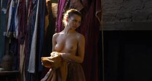 Эротическая сцена с Элайн Пауэлл – Игра престолов (2011)