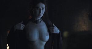 Голая Кэрис ван Хаутен в эротической сцене – Игра престолов (2011)
