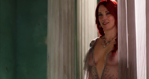Люси Лоулесс в эротической сцене – Спартак: Кровь и песок (2010)