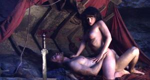 Секс сцена с голой Эрин Каммингс – Спартак: Кровь и песок (2010)