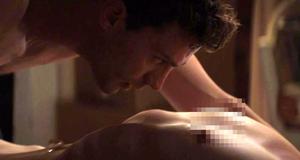 Эротическая сцена с голой Дакотой Джонсон – Пятьдесят оттенков серого (2015)