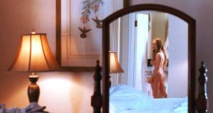 Эротическая сцена с голой Амандой Сайфред – Хлоя (2009)