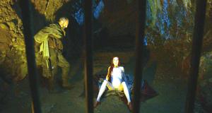 Эротическая сцена с голой Кэрис ван Хаутен – Игра престолов (2011)