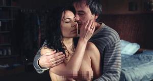 Постельная сцена с голой Екатериной Редниковой – Дом (2011)