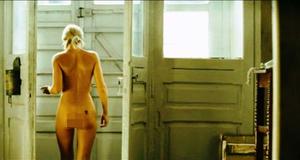 Голая Екатерина Вилкова в эротической сцене – Тиски (2007)