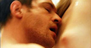 Голая Светлана Ходченкова в секс сцене – Краткий курс счастливой жизни (2011)