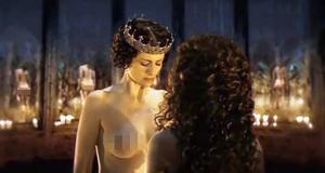 Голая грудь Анны Ковальчук – Мастер и Маргарита (2005)