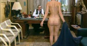 Голая Лариса Удовиченко – Сукины дети (1990)