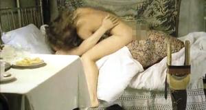 Откровенная сцена с Верой Сотниковой – Десять лет без права переписки (1990)