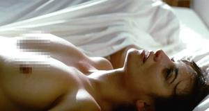 Постельная сцена с Пенелопой Крус – Разомкнутые объятия (2009)
