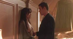Секс сцена с Анджелиной Джоли – Забирая жизни (2004)